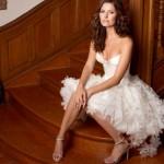 Vestido de Noiva Curto - Flores na Saia