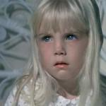 """Heather O'Rourke fez muito sucesso estrelando o filme """"Poltergeist"""", nos anos 1980. Antes do lançamento da última sequência do filme, ela faleceu, quando tinha apenas 12 anos"""