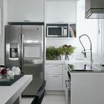 Eletrodomésticos de inox são práticos e fáceis de limpar.