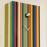 Relógio de parede usado como peça decorativa.