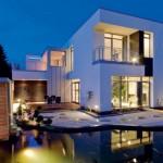 Fachada de casa moderna estilo japonês.