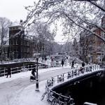 Amsterdam, uma cidade linda e romântica no inverno.