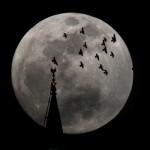 Paisagem enriquecida pelo perigeu lunar.