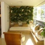 O jardim vertical é ideal para varandas de apartamentos.