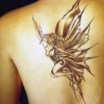 As fadas são sem dúvida tatuagens muito femininas.