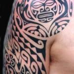 Tatuagem tribal no antebraço. (Fotos: divulgação)