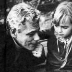 """""""A Pequena Órfã"""" (1968) foi sua estreia na televisão. (Fotos: divulgação)"""