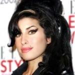 Amy Winehouse, cantora e compositora foi encontrada morta em sua residência aos 27 anos. (Foto: divulgação)