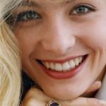 Nesta imagem de 1993, Angélica, como apresentadora do SBT. (Foto: divulgação)