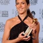 Extremamente elegante, Jennifer aposta no brilho (Foto: divulgação)