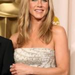 Jennifer aposta no estilo hippie chique (Foto: divulgação)