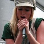 Katie White - Vocalista da banda The Ting Tings. (Foto: divulgação)