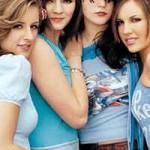 The Donnas  faz um hard, meio punk, com um potencial pop e muita responsa. O quarteto, que é novidade nas paradas, tem feito bastante barulho na mídia. (Foto: divulgação)