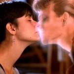 Ghost: Do Outro Lado da Vida - Sam (Patrick Swayze) e Molly (Demi Moore).