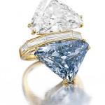 Bulgari - Feito com duas pedras coloridas, que ficam sobre um anel, o Bulgari tem 9,72 quilates e data do início da década de 1970. O exemplar foi arrematado por um colecionador asiático, que não se identificou por US$ 15,7 milhões (R$ 27,5 milhões) (Foto: divulgação)
