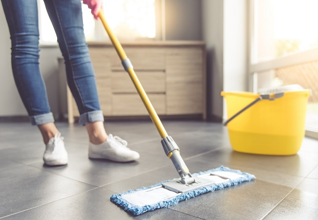 Como limpar diferentes tipo de pisos