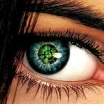 Lente de contato em tonalidades variadas de verde. (Foto: divulgação)