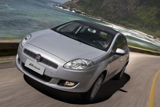 O Novo Fiat Bravo 2013 ganhou mais acessórios e traz um câmbio automático com novas tecnologias