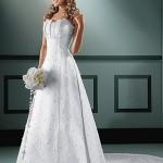 As noivas estão optando mais por eles pois trazem ao visual um estilo mais ousado e atraente, mudando um pouco os clássicos com alça. (Foto: divulgação)