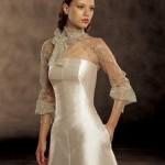 Cada mulher deixa um toque da sua personalidade na hora de escolher o seu vestido de noiva com manga longa, para deixá-la ainda mais linda nesse dia tão especial. (Foto: divulgação)