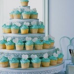Torre de cupcakes para casamento.