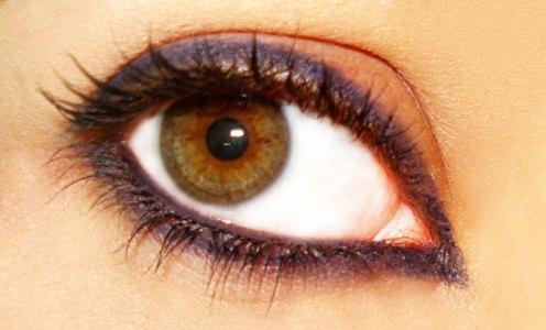 Cuidados ao maquiar os olhos