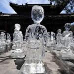 Esculturas de gelo feitas por membros do Greenpeace para alertar sobre a mudança climática. (Foto: divulgação)