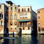 A cidade de Veneza distribui-se por aproximadamente 118 pequenas ilhas ao longo do mar adriático. (Foto: divulgação)