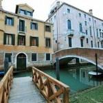 Veneza - Uma cidade romântica que embala os apaixonados. (Foto: divulgação)