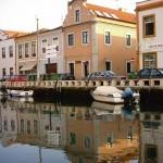 """O Grande Canal, conhecido pelos locais como o Canalazzo, insinua-se, com a forma de um """"S"""" invertido, ao longo de 4 km de extensão. (Foto: divulgação)"""