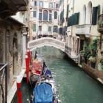 Veneza - Velha Dama da Laguna não esconde o romance que vive com as águas que a envolvem.  (Foto: divulgação)
