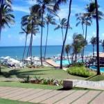 Salvador o clima ideal para os seus 50 quilômetros de praias, distribuídas entre a cidade alta e a cidade baixa, banhadas pelas águnas do oceano Atlêntico e da Baia de Todos os Santos. (Foto: divulgação)