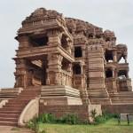Especificamente Kandariya Mahadev templo stands, um dos favoritos e mais populares entre os turistas de diferentes partes da geografia mundial. (Foto: divulgação)