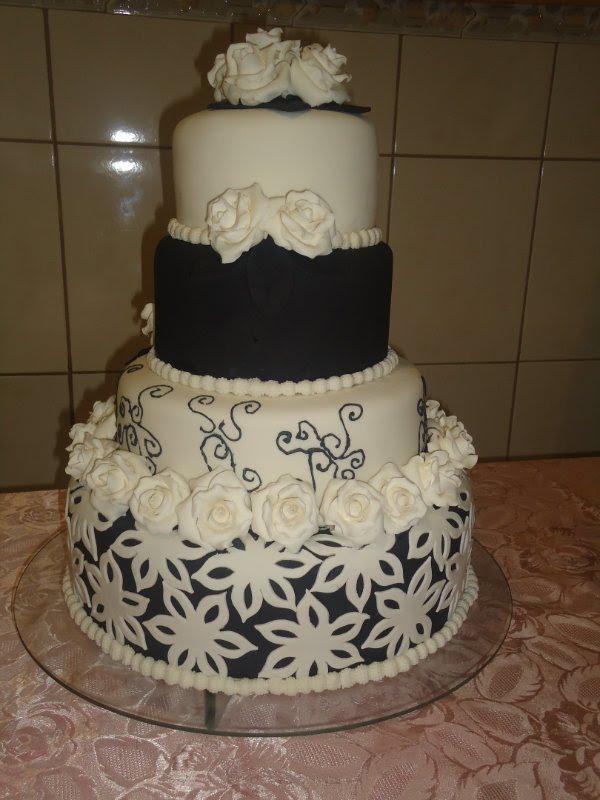 Fotos de bolos artísticos preto e branco