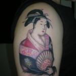 Tatuagem de gueixa no antebraço (Foto: divulgação)