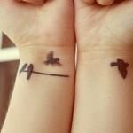 Tatuagem discreta no pulso. (Foto: Divulgação)
