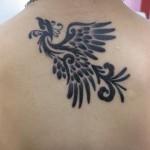 Tatuagem de fênix estilizada (Foto:divulgação)