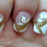 Flores e tons dourados. (Foto:Divulgação)