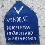 Os erros de português são comuns nessas placas (Foto: divulgação)