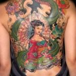 Tatuagem de Gueixa nas costas (Foto: divulgação)