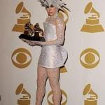 Roupas esquisitas da Lady Gaga: fotos
