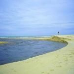 Trancoso - o encontro do rio com o mar em Praia do Espelho (Foto: divulgação)