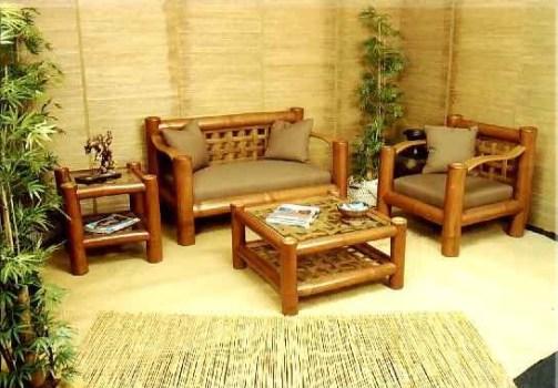 Móveis e utensílios de bambu na decoração