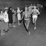 Abebe Bikila foi um maratonista etíope, bi-campeão olímpico (60 e 64), quebrando o recorde mundial nas duas vezes. Na primeira delas, ele correu descalço.(Foto: Divulgação)