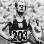 """Também conhecido como a """"Locomotiva Humana"""", o tcheco Emil Zatopek venceu a maratona e as provas de 5.000 metros e 10.000 metros em uma mesma olimpíada.(Foto: Divulgação)"""