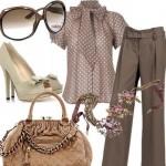 Os acessórios são indispensáveis para compor um look elegante combinado com calça de alfaiataria. (Foto: divulgação)