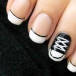 O tênis All Star inspirou esta nail art. (Foto:Divulgação)