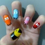 Unhas decoradas com base no jogo Pac Man. (Foto:Divulgação)