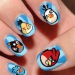 Para as jovens geeks, uma ideia de unhas decoradas do Angry Birds. (Foto:Divulgação)