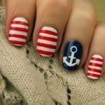 Unhas decoradas com o tema 'marinheiro'. (Foto:Divulgação)